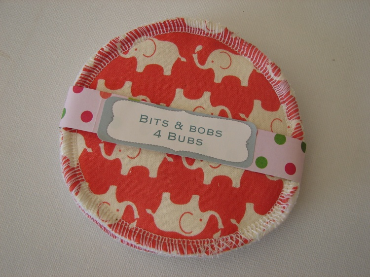 breastfeeding nursing pads